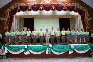 สถาบันพระมหากษัตริย์กับประเทศไทย